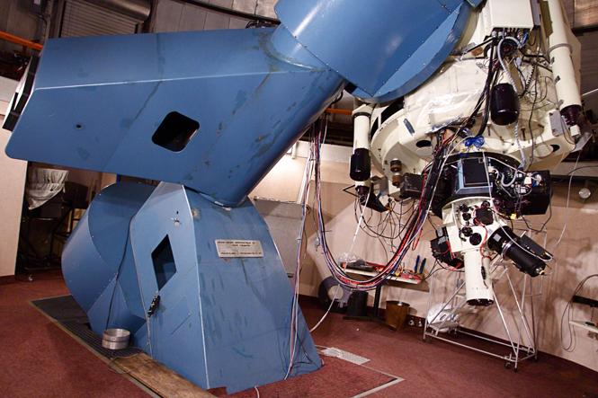 La caméra EM N2 de Nüvü Camēras à l'Observatoire du Mont Mégantic (Canada).